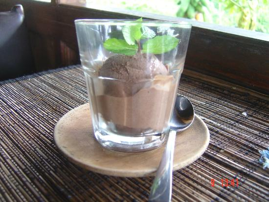 Bali Eco Stay Bungalows: One of my weaknesses - the icecream!