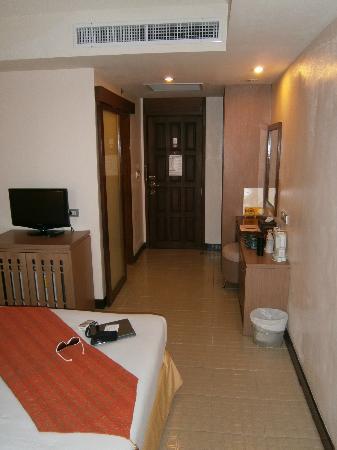 Maninarakorn Hotel: moderner, minimal sauberer