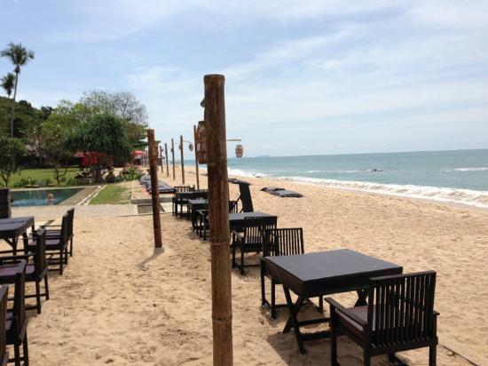SriLanta Resort: der Strand mit Resto