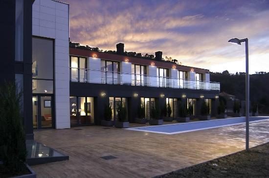 Hotel Arbe: FACHADA HOTEL
