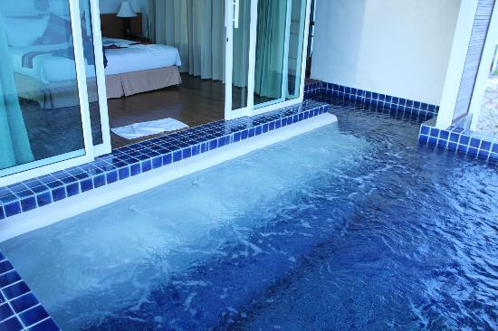 Samui Island Beach Resort and Hotel: Jet pool