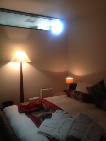 Kizashi The Suite: ジュニアスイート風呂場から光が入ります