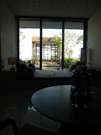 Alila Villas Uluwatu: bedroom view
