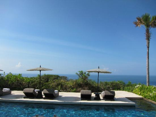 Alila Villas Uluwatu: breakfast view