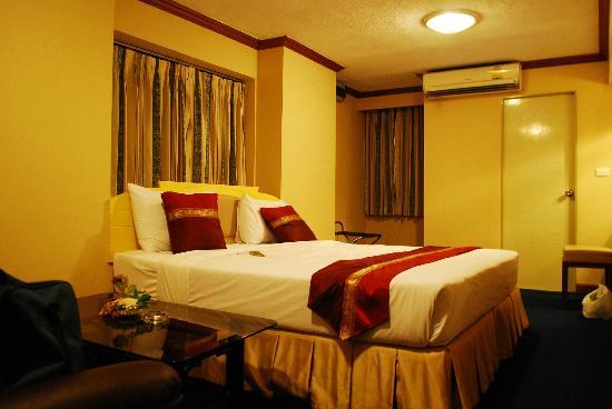 Nasa Vegas Hotel Bed