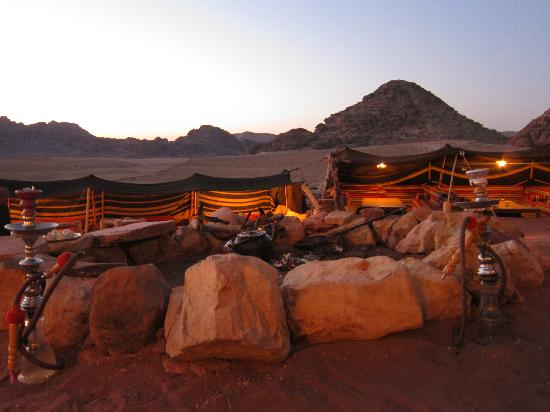 The Rock Camp - Petra: dining area (under the stars at night)