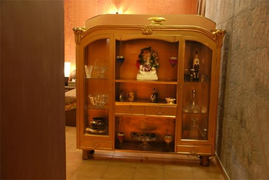 House of Lords: Bedroom Cabinet
