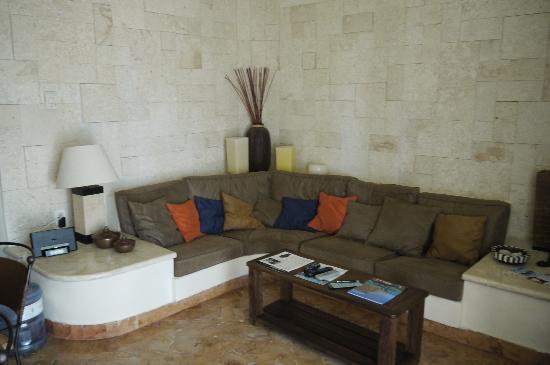 Porto Playa Condo Hotel & Beachclub: the hall of the apartment