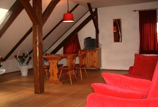 Residenze Sonnenschein : Interni - Zona soggiorno con divano letto