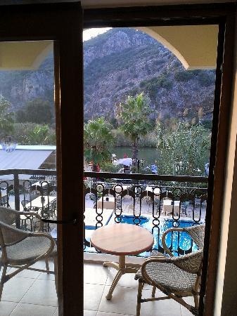 Dalyan Tezcan Hotel: ftåm vårt fönster