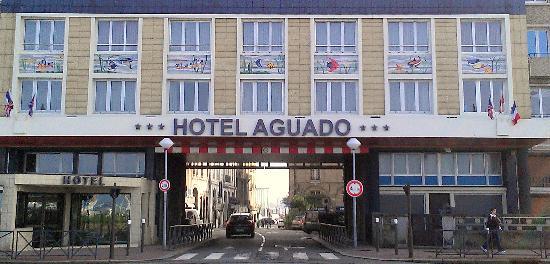 호텔 아구아도