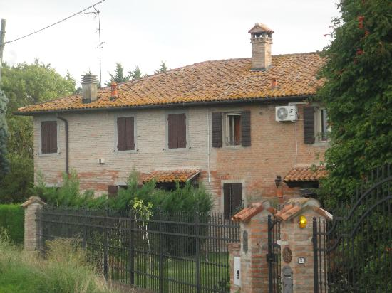 B&B Palmirano 96: The Property