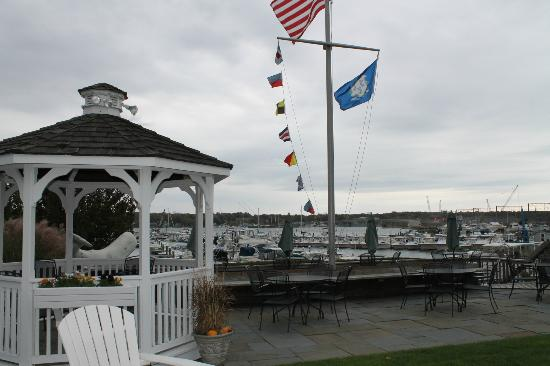 Inn at Harbor Hill Marina: Esterno