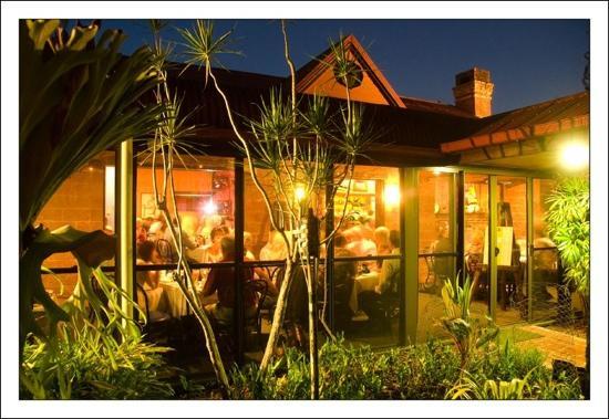 Ferns Hideaway Resort: a Saturday night at Ferns