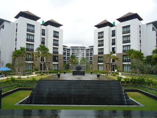 Pullman Bali Legian Nirwana: Centre Area.