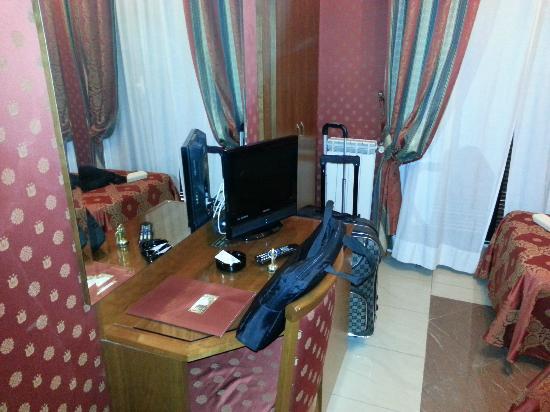 Hotel Contilia: room 211