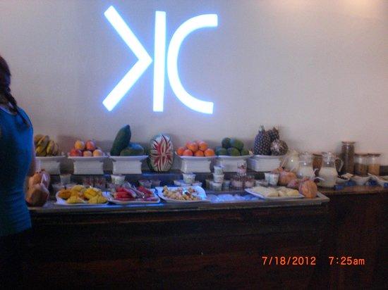 Karambezi Cafe: part of the breakfast buffet