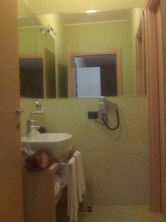 Qualys Hotel Nasco: bagno