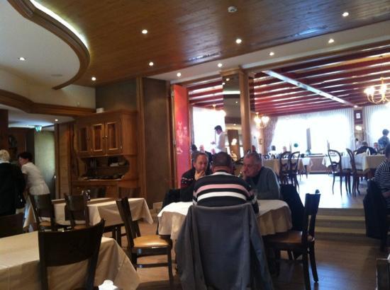 Wimmenau, ฝรั่งเศส: ambiance sympa et typique, hyper propre et service nickel