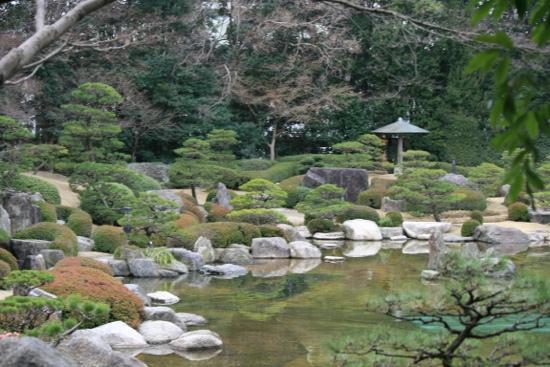 Ohori Park: traditional garden