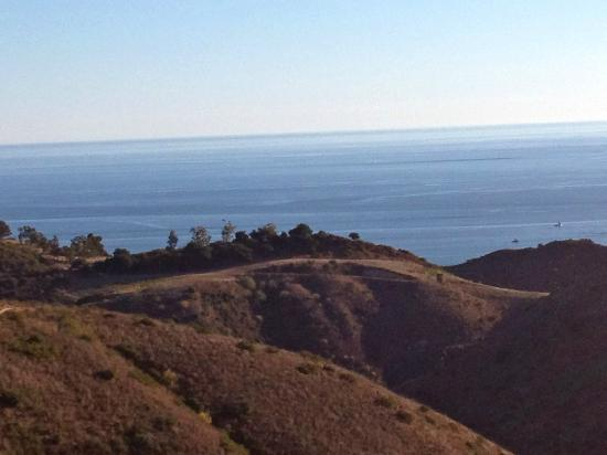 Santa Monica Mountains: view of the sea from the mountains