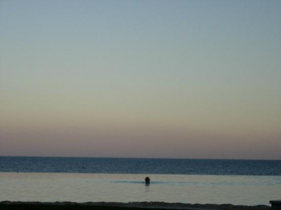 The Makadi Spa Hotel (Adults Only): dusk over red sea