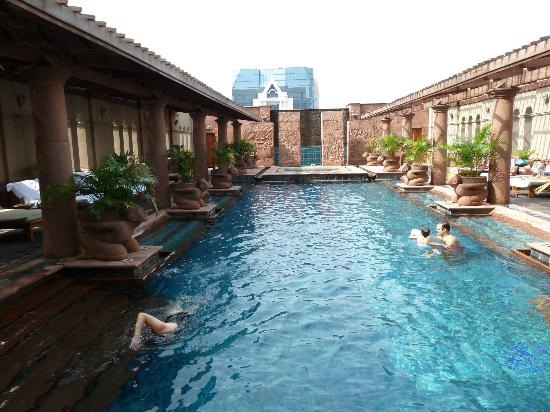 Refurbished Pool Picture Of Crowne Plaza Bangkok Lumpini Park Bangkok Tripadvisor