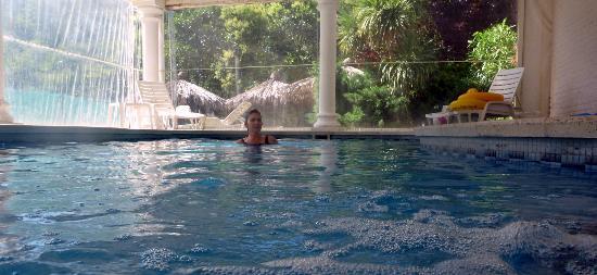 هوتل إسبيرانزا آند أرتيميسا سبا: piscina 