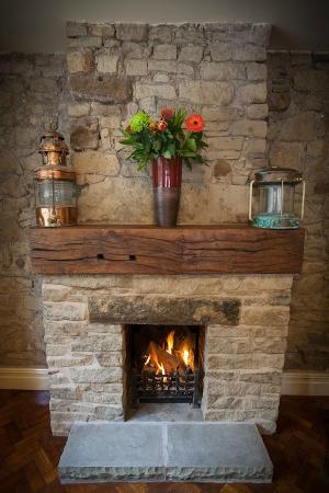 Ramsbottom, UK: Log Burning Fire