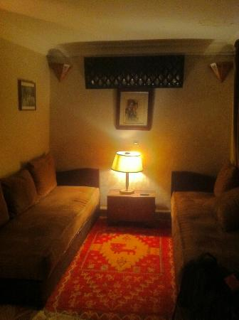 Riad lyla Marrakech: Our room lounge room