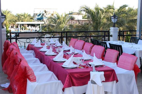 Delphin Palace Hotel: Al Fresco Dining