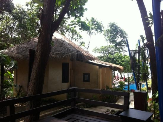 LaLaanta Hideaway Resort: chalets nearest to beach and pool