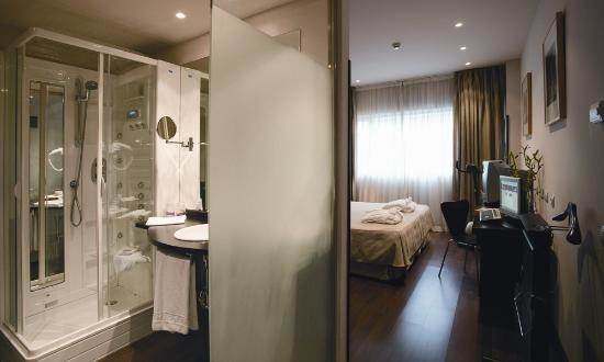 Petit Palace Madrid Aeropuerto Hotel: Habitación Superior