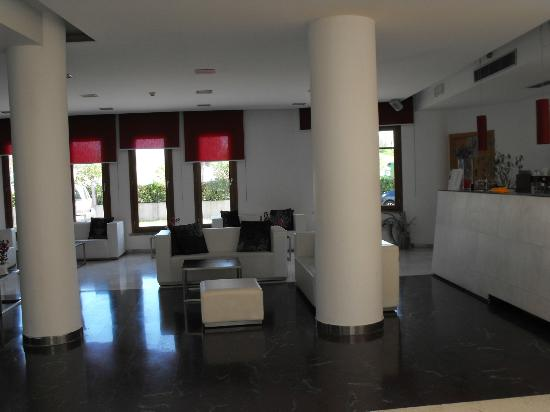 Montaperti Hotel: hall
