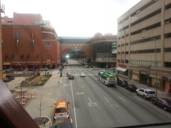 Hyatt Regency Indianapolis: view from skywalk