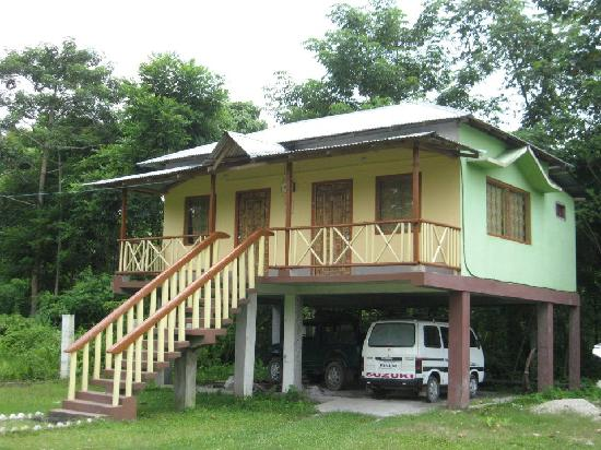 Jaldapara Wildlife Sanctuary, India: Deluxe Cottage