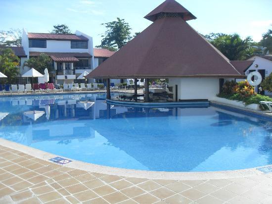 BlueBay Villas Doradas Adults Only: good pool bar