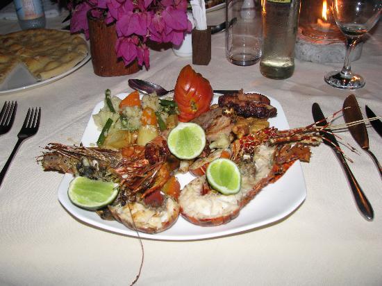 Diamonds Mapenzi Beach : Seafood dinner