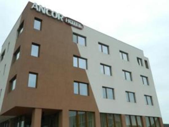 Hotel Ancor: External