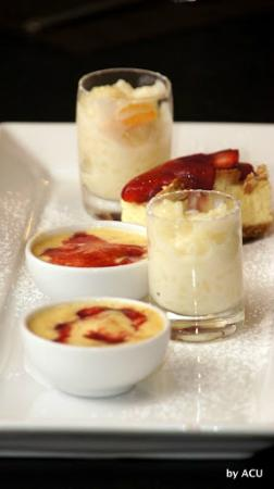 Chizza: Rica degustación de postres, el arroz con leche lo mejor