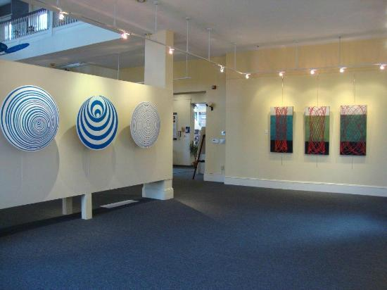 Discover Portsmouth: Academy Gallery