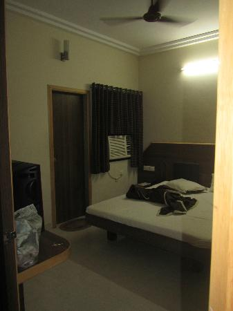Hotel Nand Nandan: c
