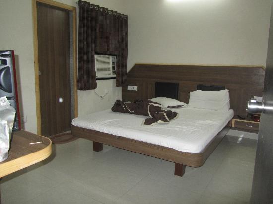 Hotel Nand Nandan: a