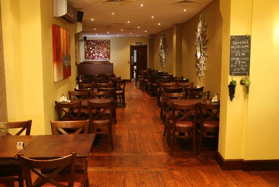 Nicky's Fish Bar & Restaurant: Rear view of restaurant