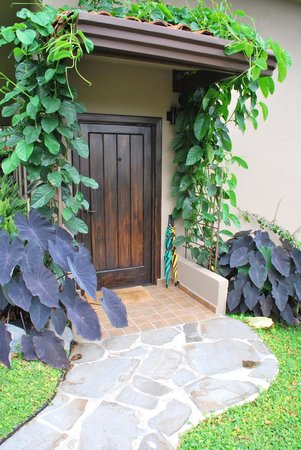 The Guest Suites at Manana Madera Coffee Estate: Sweet home front door Manana Madera