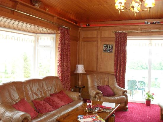 Ardlenagh View: Lounge for Guests