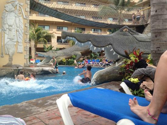 Paradise Village Beach Resort Spa Divertido