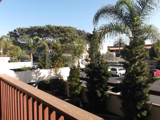 Holiday Inn Express Solana Beach/Del Mar: Enjoyed being able to step outside onto balcony