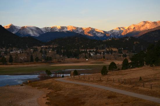 The Estes Park Resort: Estes Park and the Front Range taken from our balcony.