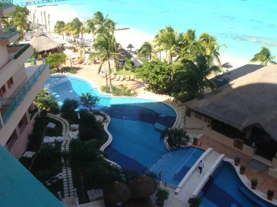 Grand Fiesta Americana Coral Beach Cancun: Albercas
